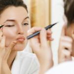 Krasser Beauty Trend! Der neue Pizzaroller Eyeliner