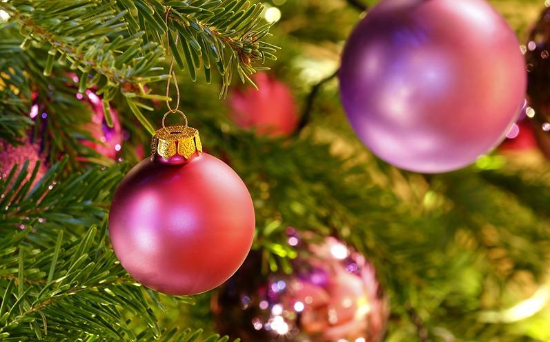 Festliche Weihnachtsbaumschmuck Ideen
