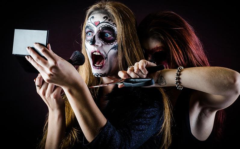 Gruseliges Halloween Make-up