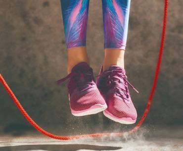 Rope Skipping: Speck weg durch Seilspringen!