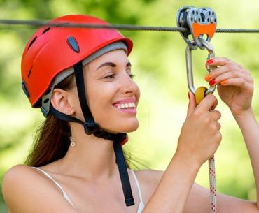 Ziplines: Das steckt hinter dem Seilrutschen Trend