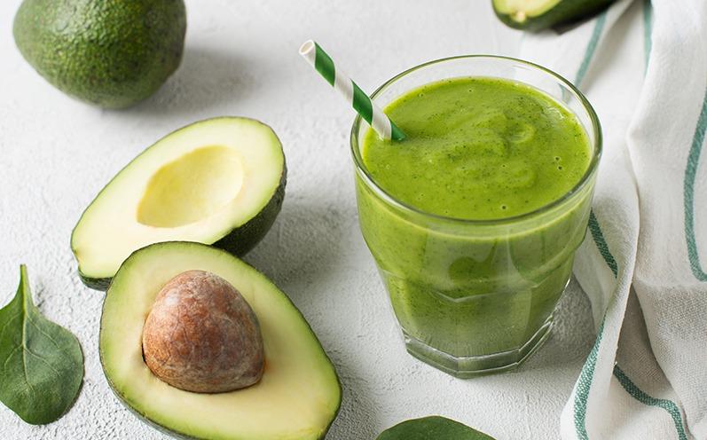 Avocado-Spinat Smoothie